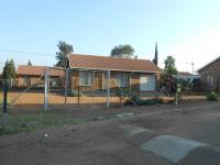 2 Bedroom 1 Bathroom in Mabopane