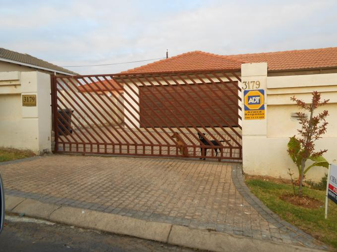 Standard Bank EasySell 3 Bedroom House For Sale in Cosmo City - MR110751