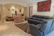 Lounges - 91 square meters of property in Woodhill Estate
