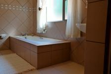 Bathroom 3+ - 17 square meters of property in Woodhill Estate