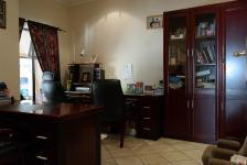 Study - 18 square meters of property in Woodhill Estate