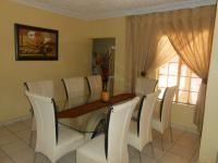 Dining Room - 17 square meters of property in The Orchards