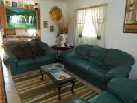 Lounges - 15 square meters of property in Andeon