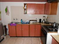 Kitchen - 10 square meters of property in Crystal Park