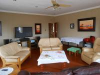 Lounges - 72 square meters of property in South Hills