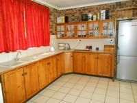 Kitchen - 54 square meters of property in South Hills