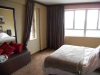 Main Bedroom - 21 square meters of property in Durban Central