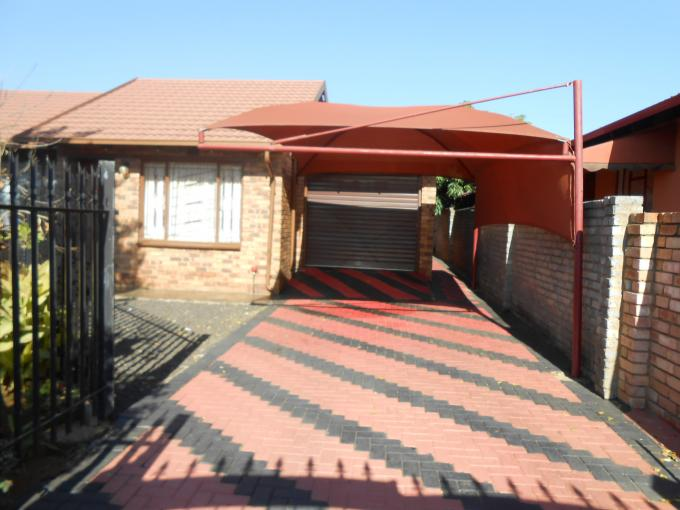 Standard bank easysell 3 bedroom house for sale for sale for Family home plans com