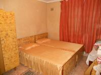 Bed Room 1 - 12 square meters of property in Phoenix