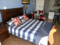 Bed Room 3 - 21 square meters of property in Eden George