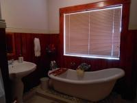 Bathroom 1 - 13 square meters of property in Three Rivers