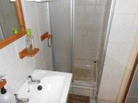 Bathroom 2 - 3 square meters of property in Three Rivers
