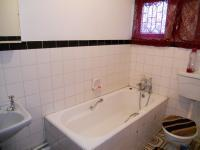 Bathroom 1 - 6 square meters of property in Isipingo Hills