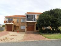 5 Bedroom 4 Bathroom House for Sale for sale in Stilbaai (Still Bay)