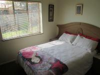 Bed Room 2 - 14 square meters of property in Mindalore