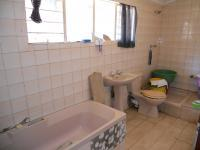 Bathroom 1 - 6 square meters of property in Winterton
