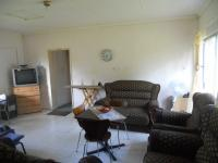 Lounges - 28 square meters of property in Winterton
