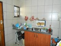 Kitchen - 18 square meters of property in Sinoville