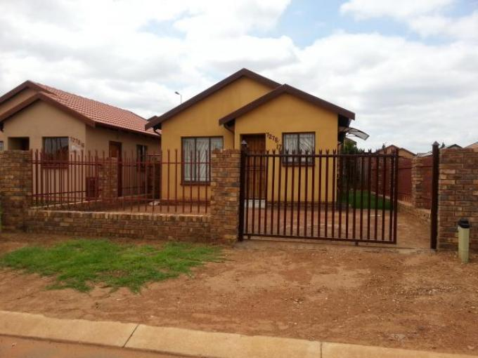 2 Bedroom House for Sale For Sale in Soshanguve - Private Sale - MR111080