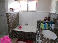 Bathroom 1 - 6 square meters of property in Glenmore