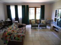 Lounges - 40 square meters of property in Sedgefield