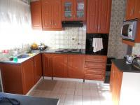 Kitchen - 9 square meters of property in Shallcross