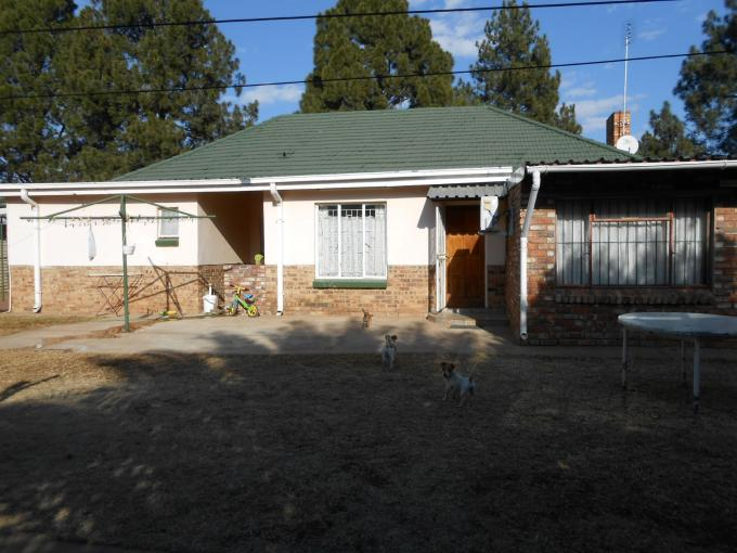 4 Bedroom House for Sale For Sale in Stilfontein - Home Sell - MR111189
