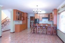 Kitchen - 61 square meters of property in Woodhill Golf Estate