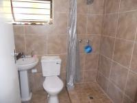 Main Bathroom - 3 square meters of property in Scottburgh