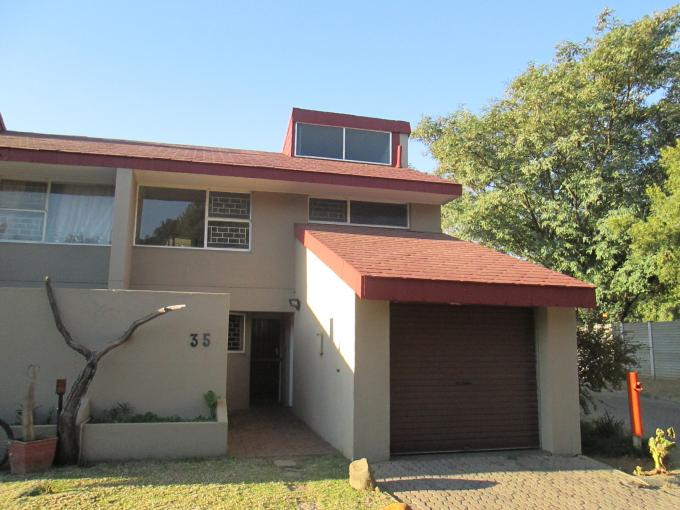 3 Bedroom Duplex for Sale For Sale in Sasolburg - Home Sell - MR111366