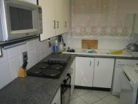 Kitchen - 8 square meters of property in La Montagne