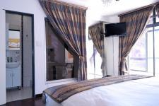 Bed Room 3 - 29 square meters of property in Silver Lakes Golf Estate