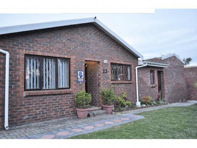 4 Bedroom Simplex For Sale in Port Elizabeth Central - Private Sale - MR111444