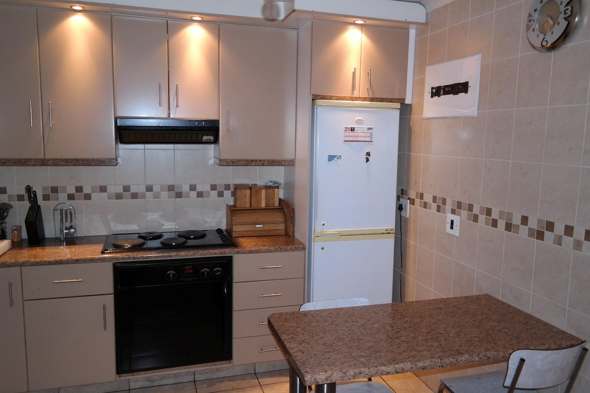 Kitchen - 23 square meters of property in Mandalay