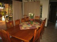 Dining Room - 17 square meters of property in Karenpark