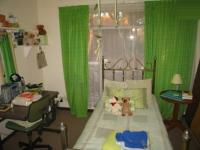 Bed Room 1 - 14 square meters of property in Karenpark