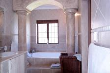 Main Bathroom - 13 square meters of property in Woodhill Golf Estate