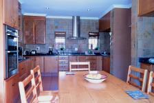 Kitchen - 37 square meters of property in Woodhill Golf Estate