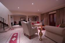 Lounges - 32 square meters of property in Silver Lakes Golf Estate