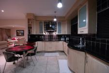 Kitchen - 28 square meters of property in Silver Lakes Golf Estate