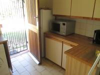 Kitchen - 10 square meters of property in Randparkrif