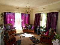 Lounges - 44 square meters of property in Hermanstad