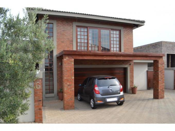 3 Bedroom House for Sale For Sale in Greenstone Hill - Private Sale - MR111671