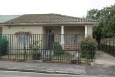 2 Bedroom 1 Bathroom House for Sale for sale in Paarl