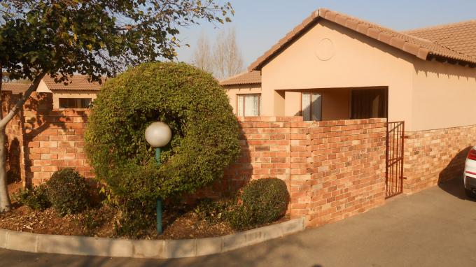 Standard Bank EasySell 3 Bedroom House for Sale For Sale in Kyalami Hills - MR111682