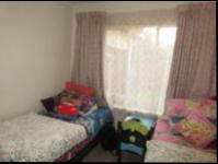 Bed Room 1 - 12 square meters of property in Kyalami Hills