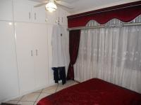 Bed Room 2 - 10 square meters of property in Malvern - DBN