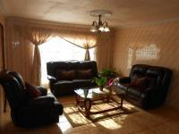 Lounges - 25 square meters of property in Soshanguve