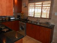 Kitchen - 12 square meters of property in Soshanguve