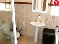 Main Bathroom - 6 square meters of property in Annlin